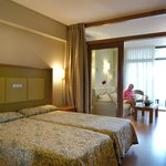Evenia Olympic Suites Hotel