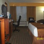 Photo de BEST WESTERN Airport Plaza Inn & Conference Center