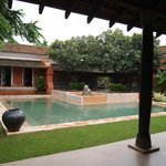 courtyard pool at the Padminu villa
