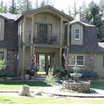 Foto de Arbor House Inn Bed & Breakfast on the River