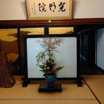 Ikebana in the temple