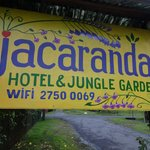 Foto de Jacaranda Hotel and Jungle Garden