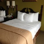 Photo de BEST WESTERN Heritage Inn