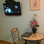 Table area/ TV