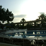 Photo de Aquabella Beach Hotel