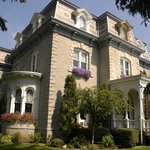 Limestone Mansion Bed & Breakfast