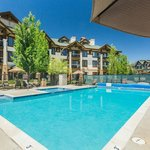 Eagle Ridge Lodge & Townhomes