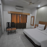 Saish Hotel Shirdi