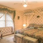 Foto de A Fool's Paradise Bed & Breakfast