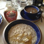 Great porridge with maple syrup