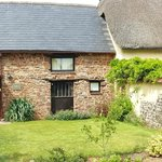 South Coombe Country Cottages resmi