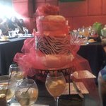 The chic diaper cake with a hidden surprise for mom