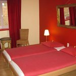 Lovely red room