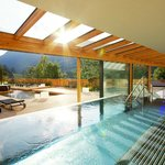 Whirlpool, Pool und Wellness-Terrasse
