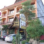 Photo de Siem Reap Bat Hotel