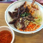 Vermicelli with grilled beef