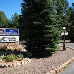 Best Western Inn of Pinetop Entrance