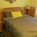 Twin Pines Bed and Breakfast resmi
