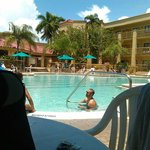 صورة فوتوغرافية لـ ‪La Quinta Inn & Suites Ft. Myers - Sanibel Gateway‬