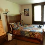 Manitou Lodge Bed and Breakfast resmi