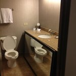 ภาพถ่ายของ Holiday Inn Express Hotel & Suites Chicago-Deerfield/Lincolnshire