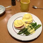Eggs Benedict and Asparagus