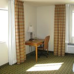 Foto de Holiday Inn Express Hotel & Suites Kingman