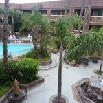 Фотография BEST WESTERN Plus Meridian Inn & Suites, Anaheim-Orange