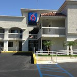 Motel 6 Carlsbad South resmi