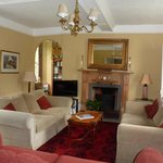 Poplars Farmhouse guest lounge