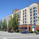 Holiday Inn Express Vancouver Airport resmi