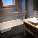 One of our 5 ensuite bathrooms