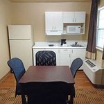 Foto Extended Stay America - Greensboro - Wendover Ave. - Big Tree Way