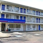 Motel 6 Cleveland - Macedonia