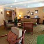 Lobby: Comfort and Complimentary Coffee