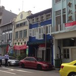 Great location: Ann Siang street is clean, cute, and interesting!