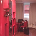 Bathroom unit (bright red)