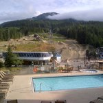 Фотография Pan Pacific Whistler Mountainside