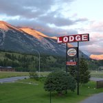 Photo de Rocky Mountain Ski Lodge