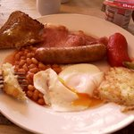 A filling English breakfast at Tregella
