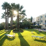 Zdjęcie Rododafni Beach Holiday Apartments & Villas