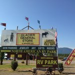 Foto North American RV Park & Yurt Village