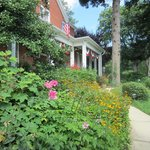 Φωτογραφία: South Court Inn Bed and Breakfast