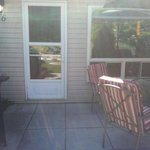 """Pleasantly surprised. Very clean well maintained and landscaped property. Very nice and friendl"