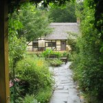 صورة فوتوغرافية لـ ‪Anne Hathaway's Cottage Bed & Breakfast Inn‬