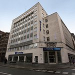 Travelodge Liverpool Central Exchange Street Hotel Foto