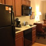 Photo de Candlewood Suites Fort Myers Sanibel / Gateway