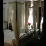 Фотография Romantic Vatican Rome B&B