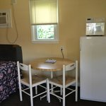 eating area of 2 double bed kitchenette