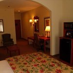 Фотография BEST WESTERN PLUS Midwest City Inn & Suites